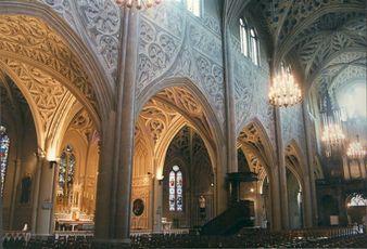 Restauration des trompe-l'oeil de la cathédrale de Chambéry, bas côté Sud. Photo : Mollard