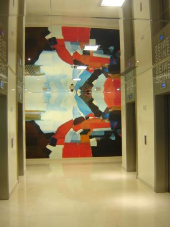 Rouge : toile marouflée, 5 m x 2.70 m